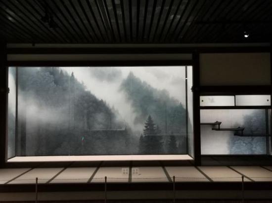 上海多家文化艺术场馆今开放 中华艺术宫历博等