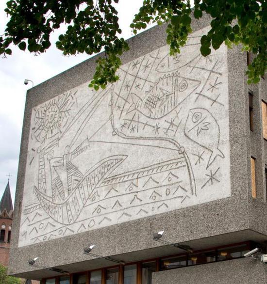 挪威宣布拆除因毕加索壁画而闻名的建筑遭反对